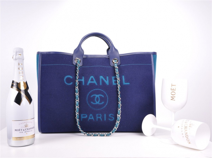 CHANEL DEAUVILLE Cruise 2020 Large Shoppingbag NEU Wollfilz wool felt*