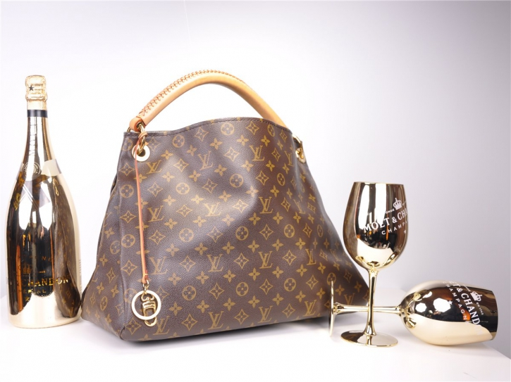 LOUIS VUITTON Artsy MM Monogram M40249*